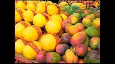 Nutricionista dá dicas de alimentação para verão - É uma época de muitas frutas, é importante aproveitar para se manter saudável.