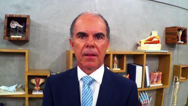 Exclusivo na web: José Bento explica as más formações do útero. - Entre 4% e 5% das mulheres têm esse problema, que deve ser resolvido antes da gestação; útero bicorno é um exemplo.