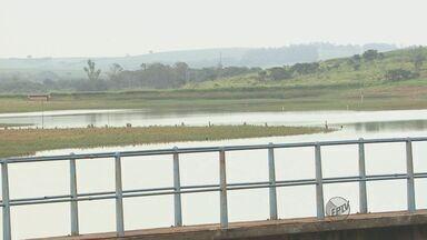 Apesar das chuvas, a situação no abastecimento de água em Araras ainda é preocupante - Apesar das chuvas, a situação no abastecimento de água em Araras ainda é preocupante