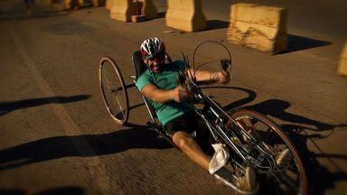 Atletas superam dificuldades e participam da Corrida de Reis - Atletas superam dificuldades e participam da Corrida de Reis