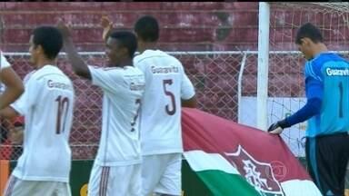 Primeira fase da Copa São Paulo de futebol júnior acaba, com Fluminense em primeiro lugar - Tricolor tem o melhor ataque da competição e sofreu apenas um gol, de pênalti marcado irregularmente.