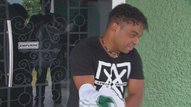 América-PE anuncia a contratação do atacante Carlinhos Bala - Jogador, com fama de Rei de Pernambuco, chega para livrar o time alviverde do rebaixamento