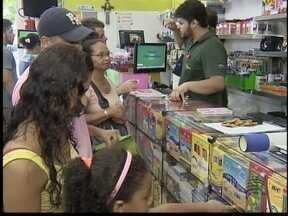 Compra de material escolar movimenta comércio prudentino - Pais que buscam o produto percebem que preço está mais alto.