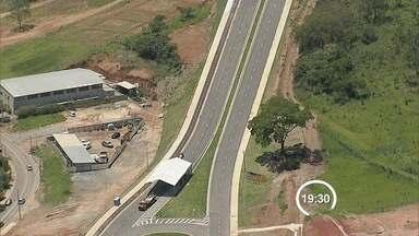 Avenida inaugurada nesta segunda (12) é alternativa à avenida dos Astronautas - A avenida liga a rodovia dos Tamoios ao aeroporto