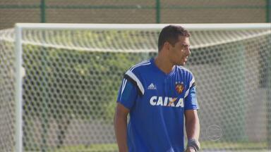 Diego Souza vive a expectativa da estreia no Pernambucano e Nordestão - Meia considera importante o período de preparação física e diz que está acostumado com a cobrança da torcida