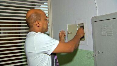 Bairros ficam sem eletricidade no período de chuvas - Bairros de Cuiabá tem sido acometidos por falta de eletricidade neste período de chuvas.