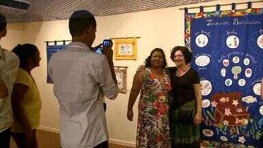 Maceió recebe exposição de bordado - Mostra é realizada com peças coloridas feitas por mulheres da periferia do Litoral Norte de Alagoas.