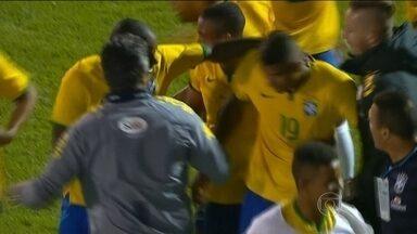 Com golaço de Kennedy, Brasil bate Venezuela pelo Sul-Americano sub-20 - Atacante do Fluminense e Gabriel garantem a vitória da seleção.