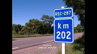 Má condição da RSC-287 exige atenção dos motoristas, Santa Maria, RS - A estrada é o principal caminho do centro do Estado para a região metropolitana e o litoral.