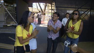 Fãs de Ivete conhecem a estrutura montada para o Festival de Verão - O evento começa na quinta-feira (22).