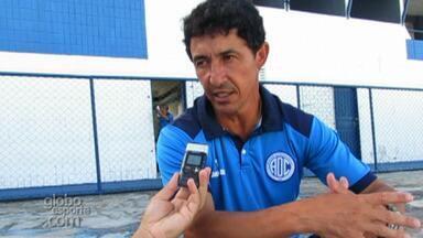 Betinho fala como lida com o fato de treinar o time a ser batido no Sergipão - Betinho fala como lida com o fato de treinar o time a ser batido no Sergipão
