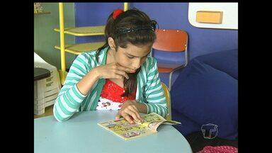 Biblioteca Municipal de Santarém comemora 48 anos de fundação - Espaço recebe vários visitantes nas férias.