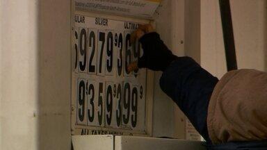Confira os destaques do Bom Dia Brasil desta quinta-feira (22) - Enquanto gasolina fica mais cara no Brasil, países como os Estados Unidos estão reduzindo preço do combustível. Governo quer frear consumo e aumenta a taxa básica de juros. Estrada recém-inaugurada é perigo para motoristas no Mato Grosso.