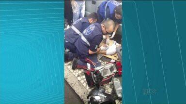 Polícia procura suspeito de matar homem no Centro de Curitiba - Rapaz é morto ao reagir a assalto, em Curitiba. A PM investiga o caso.