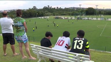 Coritiba conquista novos torcedores durante a sua estadia em Atibaia - Dentro de campo, o Coxa continua na cidade se preparando para a estreia no Paranaense