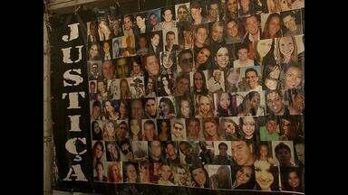 Familiares programam homenagens para as vítimas da Boate Kiss em Santa Maria, RS - Na terça-feira, a maior tragédia da história do Rio Grande do Sul, completa dois anos.
