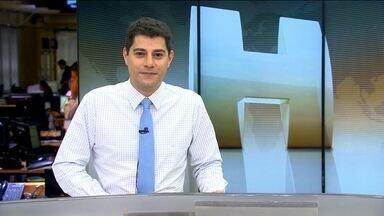 Veja no JH: Câmeras de segurança mostram bandidos assaltando lotérica em Manaus - Uma pessoa morre atropelada no Brasil a cada três dias. Ex-deputado federal que cumpria pena em regime semiaberto é flagrado tomando cerveja em horário de trabalho.