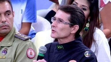 Socorrista que atendeu o Paulo disse que ele estava com a pressão muito alterada - Coronel Paulo Renato, da Defesa Civil do Rio, dá dicas de como evitar ser atingido por raios