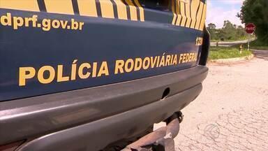 Polícia Rodoviária Federal realiza Operação Pré-carnaval no Campo das Vertentes - PRF coloca todo o efetivo nas rodovias.Operação vai até 0h do dia 18 de fevereiro.