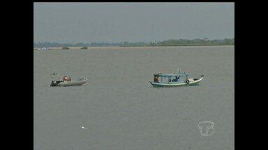 Imagens mostram embarcações sem colete salva-vidas no rio Tapajós - Registro foi feito na manhã desta quinta-feira (12).