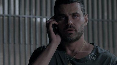 Danielle questiona Maurílio - Ele liga para o seu comparsa misterioso