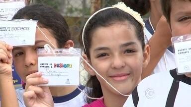 Piedade ganha reforço das crianças no combate contra a dengue - Piedade (SP) tem pouquíssimos casos de dengue registrados. São apenas três. E a prevenção contra o mosquito transmissor da doença ganhou um reforço especial: as crianças.