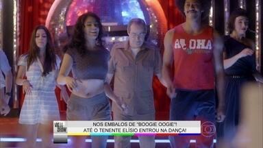 Daniel Dantas arrasa dançando Hustle em Boogie Oogie - O ator soltou o corpo para não fazer feio na pista de dança