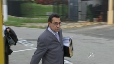 Oliveira Júnior vai a julgamento em Itu após oito anos - Nesta quinta-feira (26), é realizado em Itu (SP) o julgamento do ex-vice-prefeito da cidade, Élio Aparecido de Oliveira, conhecido como Oliveira Jr. Ele é acusado de ser o mandante do assassinato do advogado Humberto da Silva monteiro em 2006.