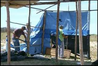 Construção de casas em São Francisco de Itabapoana é impedida - Operação nesta sexta (27) teve participação da PM e da prefeitura.