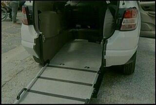 Petrópolis, RJ, conta com 1º táxi adaptado para deficientes - Veículo começou a rodar no município nesta sexta-feira (27).