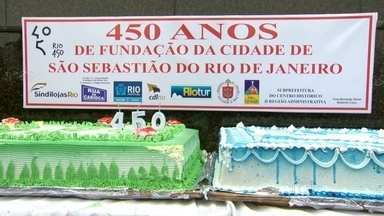 Missa no Corcovado celebra os 450 anos da cidade do Rio - Uma missa aos pés do Cristo Redentor, no Corcovado, marcou a comemoração dos 450 anos da cidade do Rio de Janeiro neste sábado (28).