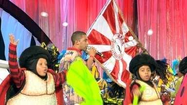 Festa celebra os vencedores do Prêmio Estandarte de Ouro - A Estácio de Sá foi eleita a melhor escola de samba do Grupo de Acesso e abriu as festividades, que aconteceram na Cidade do Samba.