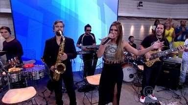 Banda Cheiro de Amor abre o Encontro - Banda toca 'Vai Sacudir, Vai Abalar'