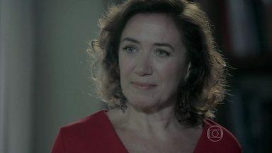Maria Marta decide visitar Silviano - Aristocrata procura um novo mordomo