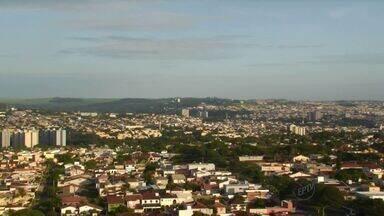 Confira a previsão do tempo para esta terça (3) em Ribeirão Preto - Dia deve ser de sol com possibilidade de chuvas.