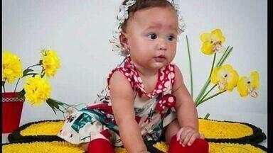 Bebê fica gravemente ferida ao cair da varanda de casa no ES - Casa em bairro de Aracruz, Norte do estado, estava sem parapeito.Menina tem coágulo no cérebro e corre risco de morte, segundo tia.