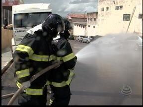 Regulamentação da atividade de bombeiro abre leque de oportunidades - Diferença entre o civil e o militar traz boas chances no mercado de trabalho.