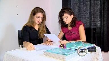 Alunos ficam sem bolsa de estudos do governo do estado - Até escolas de São José dos Campos e Pinda foram surpreendidas pelo corte.