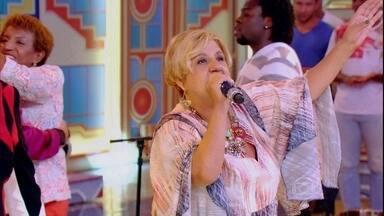 Eliana de Lima canta 'Desejo de Amar' - Ao lado de Mumuzinho, cantora bota os convidados para cantar com seu grande sucesso