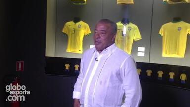 Jairzinho conversa com Tino Marcos e fala sobre a ajuda que dará a Dunga na seleção - Chamada Esporte Espetacular: Furacão da Copa de 70, Jairzinho passa a limpo sua vida.