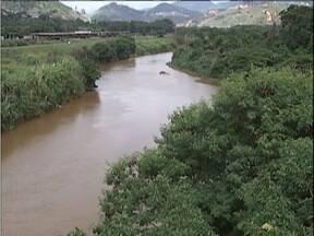 Nível de água no Rio Piracicaba apresenta melhora, mas ainda está 30% abaixo do esperado - Situação complica ainda mais porque o período chuvoso está perto do fim.