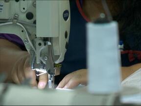 Malharias da serra sentem os reflexos da crise - No ano passado, indústria têxtil brasileira fechou 20 mil postos de trabalho
