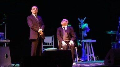 Espetáculo Welder e Pipo está em cartaz em Goiânia - Humoristas que integram a companhia Os Melhores do Mundo, Welder Rodrigues e Ricardo Pipo estão juntos em cena.