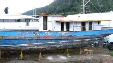 Revista conta história de barco que transportou presidiários para a Ilha Grande, RJ - Ele deve ser restaurado e exibido no Museu do Cárcere, mas técnicos ainda planejam a como recuperar a embarcação.