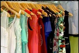 Com fim do verão, coleções de Outono/Inverno começam a chegar às lojas - Estampas estão em alta.