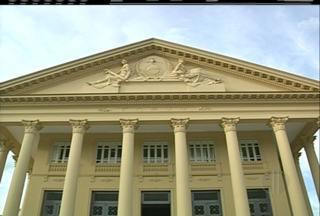 Documentário e exposição retratam arquitetura do Palácio Nilo Peçanha, de Campos, no RJ - Palácio é inspirado na arquitetura grega.