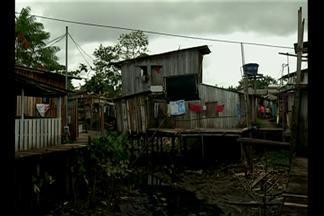 Em Belém, casas da comunidade Cubatão correm risco de desabar - Equipes do MPE e Cohab estiveram no local na manhã deste sábado (14). Famílias esperam ser remanejadas desde o final de 2014.