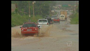 Chuva causa transtornos em ruas de Santarém - Nas ruas afastadas do centro da cidade, o problema é maior.