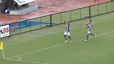Goiânia vence o Iporá e se aproxima da classificação - Galo faz 2 a 1 no estádio Serra Dourada e lidera o Grupo B da Divisão de Acesso.