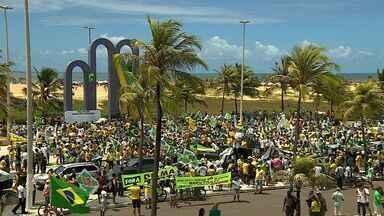 Manifestação é realizada na Orla de Aracaju - Manifestação é realizada na Orla de Aracaju.